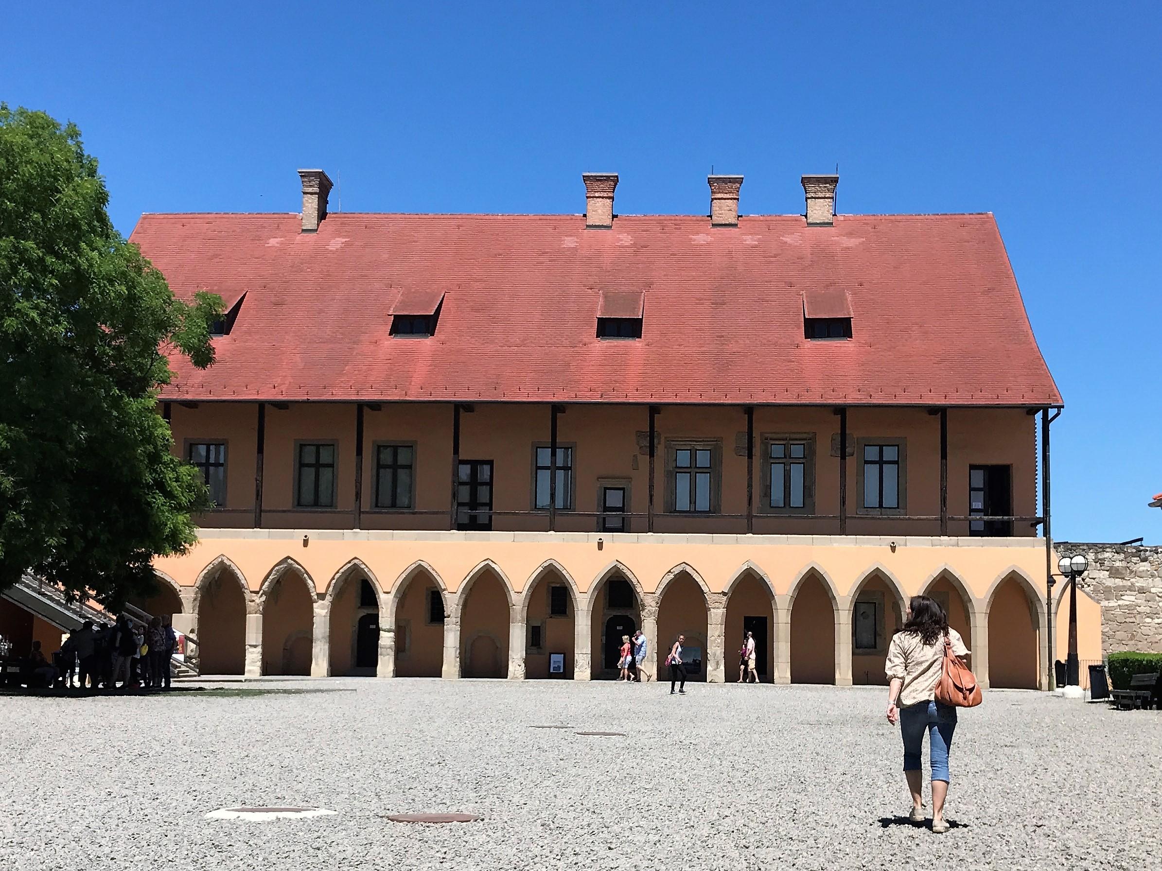 Eger Wine Tour Julia Kravianszky Private Tour Guide
